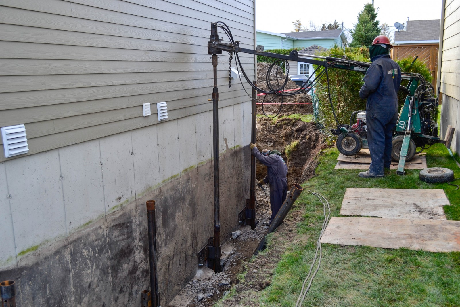 Foundation repairs underpinning stabilization for House piles
